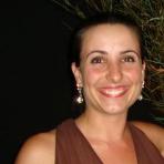 Paola Aparecida Vicente