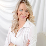 Karina Costa Alves